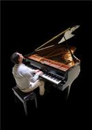 Le Pianiste Alexandre Galène en Concert dans les Caves Ackerman de Saumur