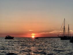Apéritif provençal en bateau à Marseille