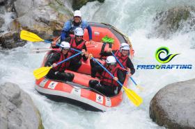 Descentes de riviéres avec Fredo Rafting